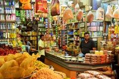 Kruidenierswinkelopslag India Stock Afbeeldingen