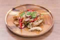 Kruidige gebraden kippensalade Royalty-vrije Stock Foto's