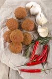 Kruidige vleesballen met rozemarijn en Spaanse peper royalty-vrije stock foto