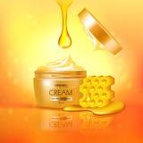 Kruik Room met Honey Composition Stock Afbeeldingen