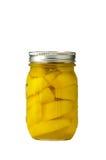 Kruik van bewaarde perziken Stock Afbeeldingen