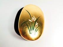 Kruiken gouden bloemenpatroon Stock Afbeeldingen