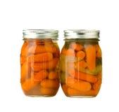 Kruiken van bewaarde wortelen Stock Foto