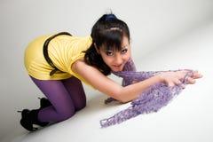 Kruipend Aziatisch meisje Stock Foto