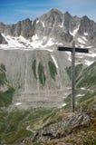 Kruis in de Alpen Royalty-vrije Stock Foto's