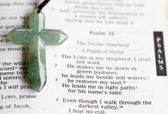 Kruis en Psalm 23 Royalty-vrije Stock Fotografie
