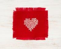 Kruis gestikt hart Royalty-vrije Stock Fotografie