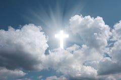 Kruis in hemel stock fotografie