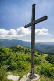 Kruis op heuvel Nova Hola, Slowakije Stock Fotografie