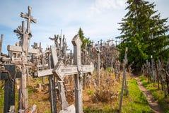 Kruisen bij de heuvel van kruisen, Litouwen stock fotografie