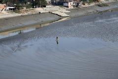 Kruisend de rivier van Malta, die Stad, India inblikken Royalty-vrije Stock Foto's