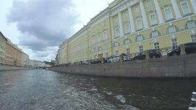 Kruispuntenkanalen in St. Petersburg stock videobeelden