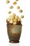 Kruka av popcorn Arkivbild