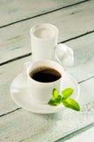 Kruka av steviasweetener och kaffe Royaltyfria Bilder