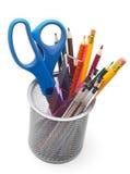 Kruka och blyertspennor arkivfoto