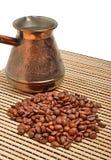 Kruka och kaffe för Ð-¡ offee på tableclothen Royaltyfri Bild