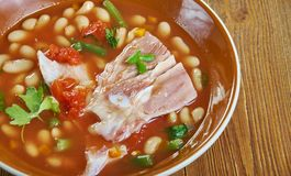 Kruka Pinto Beans With Ham Hocks royaltyfri foto
