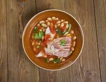 Kruka Pinto Beans With Ham Hocks royaltyfria bilder