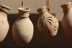 Krukmakeri i Nizwa Souq, Oman royaltyfri bild