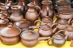 Krukmakeri lergods, clayware, lerkärl, stengods arkivbild