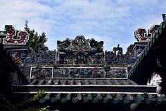 Krukmakerivapnet med färgrika statyetter Royaltyfri Foto