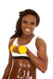 Krullning för behå för afrikansk amerikankvinnakondition vit liten vikt fotografering för bildbyråer