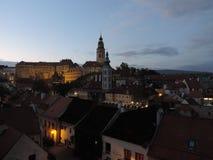 ½ Krumlov di ÄŒeskà in Boemia alla notte Fotografie Stock
