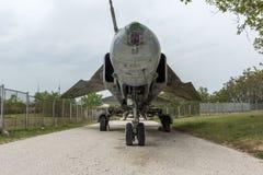 KRUMOVO,普罗夫迪夫,保加利亚- 2017年4月29日:战斗轰炸机米高扬Gurevich米格-23在普罗夫迪夫机场附近的航空博物馆 库存照片