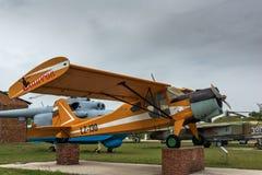 KRUMOVO,普罗夫迪夫,保加利亚- 2017年4月29日:飞机LZ - 130在普罗夫迪夫机场附近的航空博物馆 库存图片
