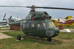 KRUMOVO, PLOVDIV, BUŁGARIA - 29 2017 KWIECIEŃ: Przewieziony helikopter Mil Mi-8 w lotnictwa muzeum blisko Plovdiv lotniska Obrazy Royalty Free