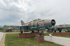 KRUMOVO, PLOVDIV, BUŁGARIA - 29 2017 KWIECIEŃ: Wojownik Mikoyan-Gurevich MiG-21 w lotnictwa muzeum blisko Plovdiv lotniska Zdjęcie Stock