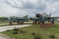 KRUMOVO, PLOVDIV, BUŁGARIA - 29 2017 KWIECIEŃ: Wojownik Mikoyan-Gurevich MiG-21 w lotnictwa muzeum blisko Plovdiv lotniska Fotografia Stock