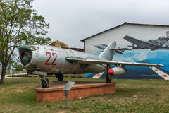 KRUMOVO, PLOVDIV, BUŁGARIA - 29 2017 KWIECIEŃ: Wojownika Mikoyan-Gurevich MiG-17 lotnictwa muzeum blisko Plovdiv lotniska Obrazy Royalty Free