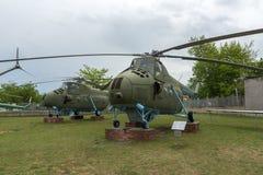 KRUMOVO PLOVDIV, BULGARIEN - 29 APRIL 2017: helikopter Mi 4 i flygmuseum nära den Plovdiv flygplatsen Arkivbild