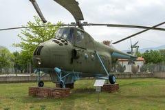 KRUMOVO PLOVDIV, BULGARIEN - 29 APRIL 2017: helikopter Mi 4 i flygmuseum nära den Plovdiv flygplatsen Fotografering för Bildbyråer