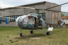 KRUMOVO, PLOWDIW, BULGARIEN - 29. APRIL 2017: Hubschrauber H11 B1 im Luftfahrt-Museum nahe Plowdiw-Flughafen lizenzfreie stockfotos