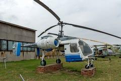 KRUMOVO, PLOWDIW, BULGARIEN - 29. APRIL 2017: Hubschrauber Ka - 26 im Luftfahrt-Museum nahe Plowdiw-Flughafen stockfotografie