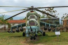 KRUMOVO, PLOWDIW, BULGARIEN - 29. APRIL 2017: Hubschrauber Mil Mi-24 im Luftfahrt-Museum nahe Plowdiw-Flughafen Lizenzfreie Stockbilder