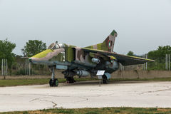 KRUMOVO, PLOWDIW, BULGARIEN - 29. APRIL 2017: Jagdbomber Mikoyan-Gurevich MiG-23 im Luftfahrt-Museum nahe Plowdiw-Flughafen lizenzfreie stockbilder