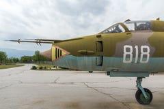 KRUMOVO, PLOWDIW, BULGARIEN - 29. APRIL 2017: Jagdbomber Sukhoi Su-22 im Luftfahrt-Museum nahe Plowdiw-Flughafen stockfotos