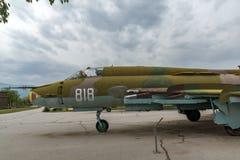 KRUMOVO, PLOWDIW, BULGARIEN - 29. APRIL 2017: Jagdbomber Sukhoi Su-22 im Luftfahrt-Museum nahe Plowdiw-Flughafen stockbild