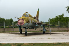 KRUMOVO, PLOWDIW, BULGARIEN - 29. APRIL 2017: Jagdbomber Sukhoi Su-22 im Luftfahrt-Museum nahe Plowdiw-Flughafen lizenzfreies stockbild