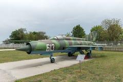 KRUMOVO, PLOWDIW, BULGARIEN - 29. APRIL 2017: Kämpfer Mikoyan-Gurevich MiG-21 im Luftfahrt-Museum nahe Plowdiw-Flughafen lizenzfreies stockfoto