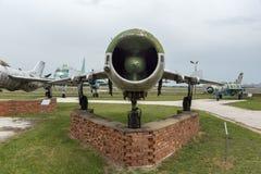 KRUMOVO, PLOWDIW, BULGARIEN - 29. APRIL 2017: Kämpfer Mikoyan-Gurevich MiG-19 im Luftfahrt-Museum nahe Plowdiw-Flughafen lizenzfreie stockbilder