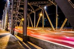 Krungthep-Brückenstrahlnlicht in Bangkok Thailand Stockbild