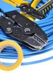 Krusa hjälpmedlet och kablar Arkivfoto