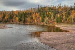 Krusbäret faller delstatsparken på den norr kusten för Minnesota ` s av Lake Superior i sommar royaltyfria foton