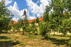 Krusedol kloster, Fruska Gora National Park, Serbien Arkivbild
