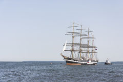 Krusenstern statek przyjeżdża Tallinn Morscy dni Obrazy Stock
