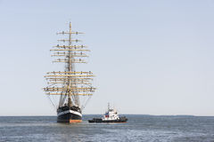Krusenstern statek przyjeżdża Tallinn Morscy dni Fotografia Stock